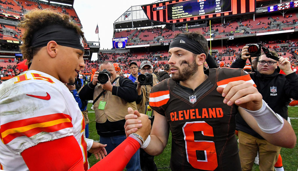 Baker Mayfield Patrick Mahomes talk at midfield after a game