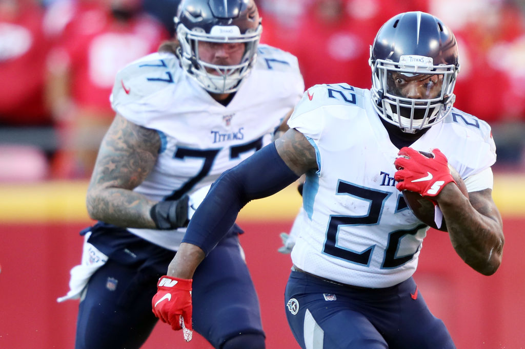 Derrick Henry running the ball against the Chiefs