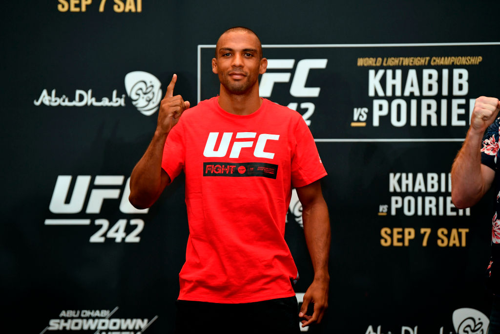 UFC fighter Edson Barboza believes Tony Ferguson has a great chance to top Khabib Nurmagomedov when they fight.