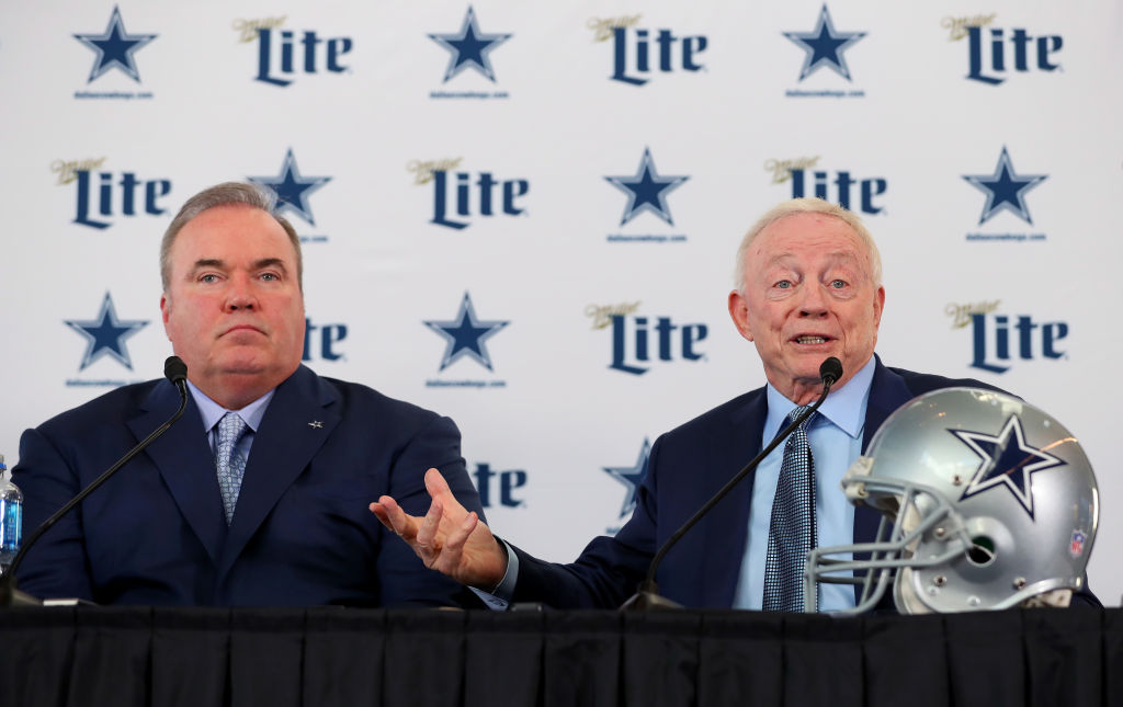 Jerry Jones and Mike McCarthy at a press confrence