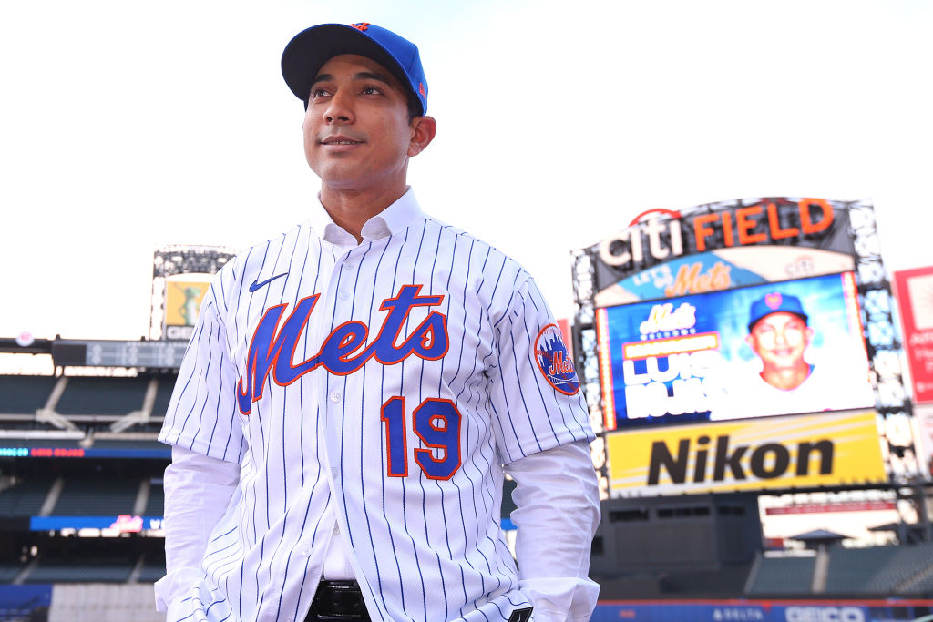 New Mets manager Luis Rojas has some great baseball bloodlines and a legendary skipper on his side in New York.