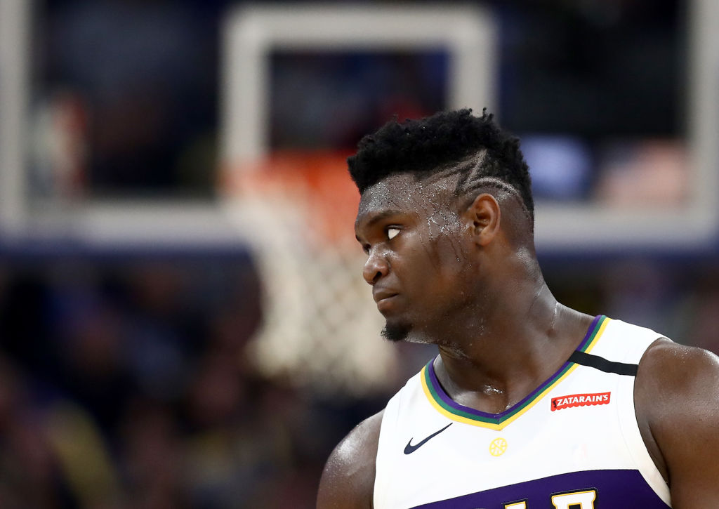 Zion Williamson looking on during a Pelicans game