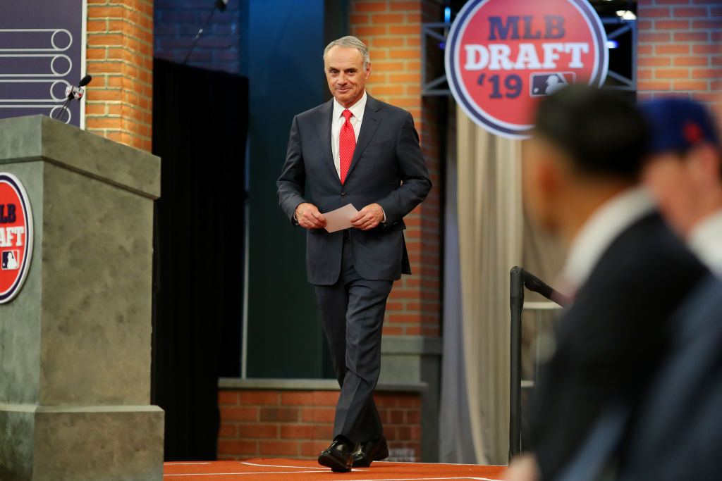 Rob Manfred runs Major League Baseball, but is he a fan of his own sport?