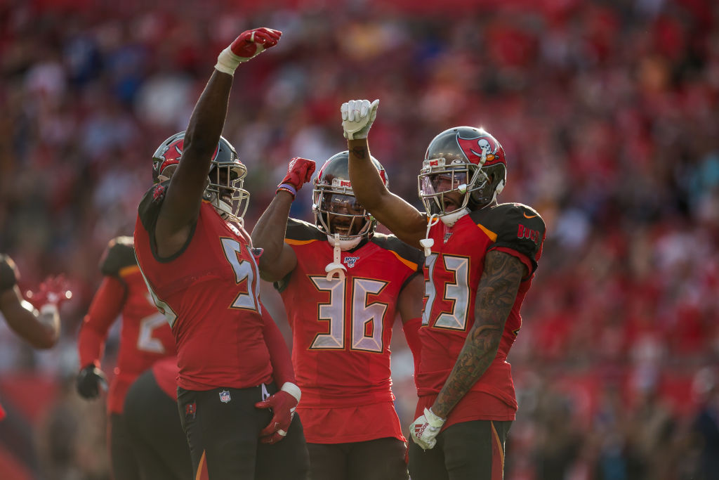 Tampa Bay Buccaneers Linebacker Shaquil Barrett celebrates a sack