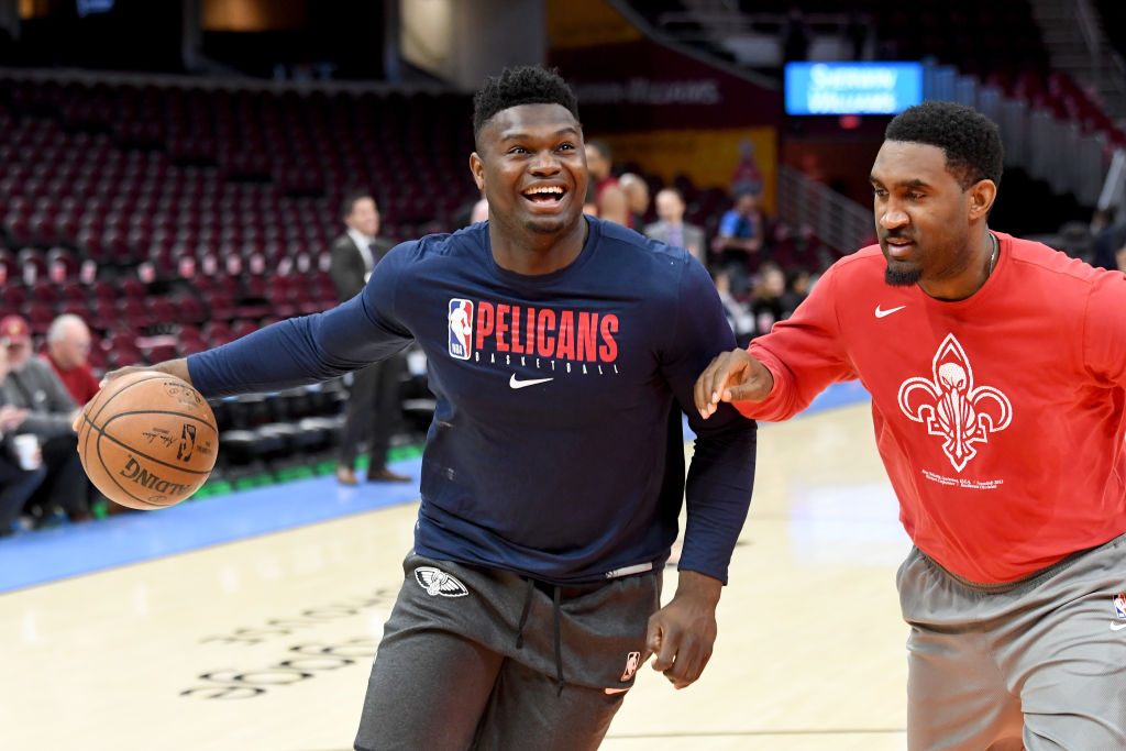 Zion Williamson of the New Orleans Pelicans warms up