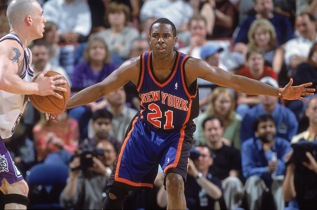 Charlie Ward of the New York Knicks guards a player in 2001
