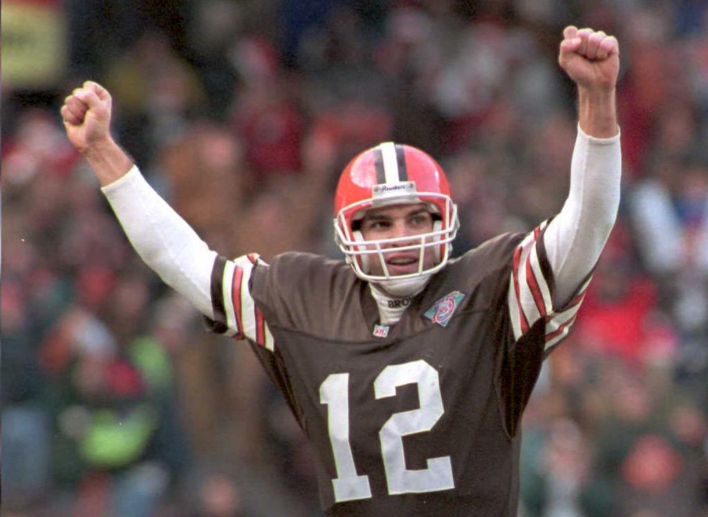 Cleveland Browns quarterback Vinny Testaverde in 1994