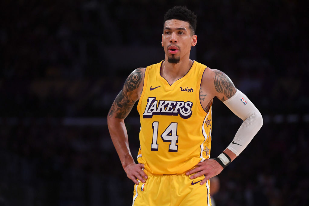 Danny Green with his hands on his hips during a Lakers game