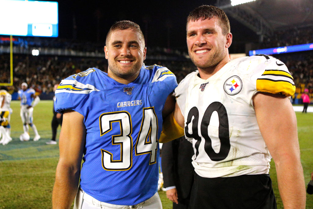 Two thirds of the Watt brothers are teaming up in Pittsburgh for the 2020 season. Are they the first pair of brothers to play on the same team in the NFL?