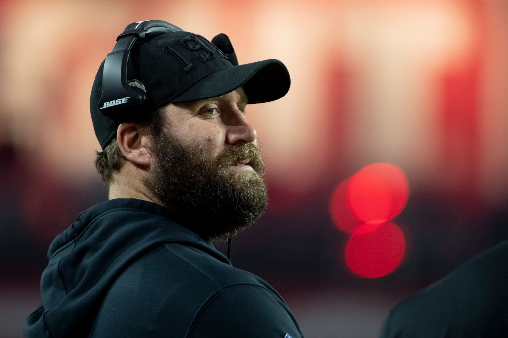 Big Ben Roethlisberger's impressive new beard has Steelers fans worried that the QB is out of shape, but he squashed those rumors last week.