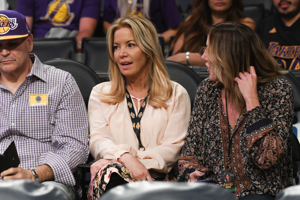 Jeanie Buss attends a Lakers game in 2018