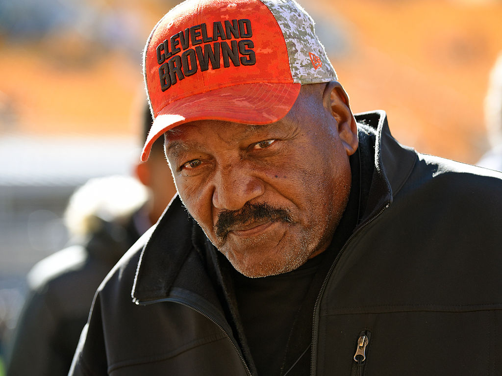 Cleveland Browns legend Jim Brown dominated the NFL but has managed to build up a substantial net worth in his post-playing career.