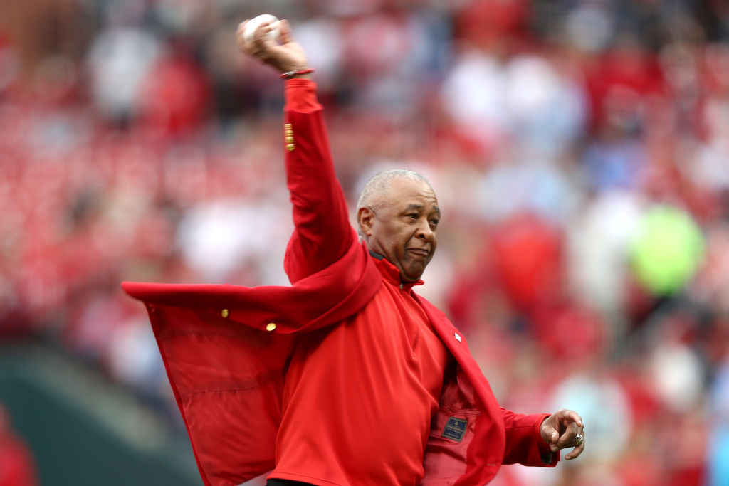 What is former St. Louis Cardinals shortstop Ozzie Smith doing in retirement?