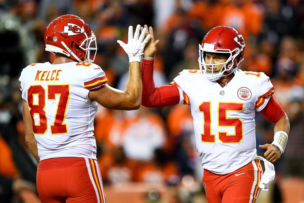 Patrick Mahomes and his Kansas City Chiefs teammates are helping the local community.