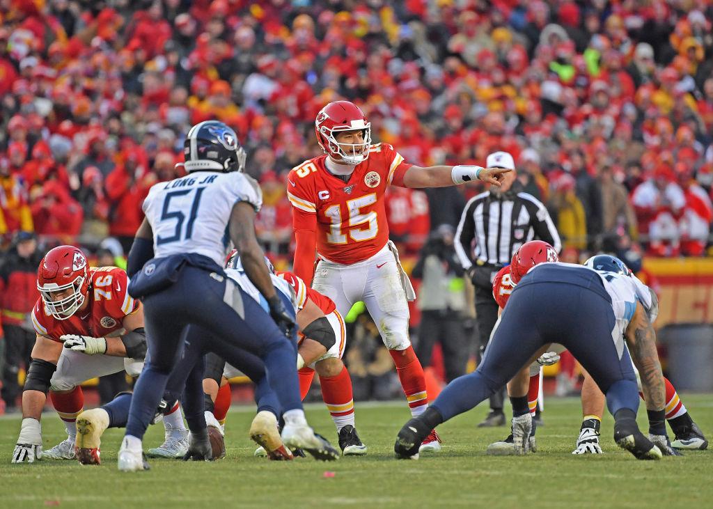 Quarterback Patrick Mahomes of the Kansas City Chiefs calls out a play