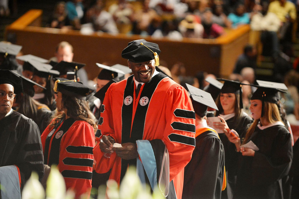 Shaquille O'Neal receives his Ph.D. in education from Barry University in 2012