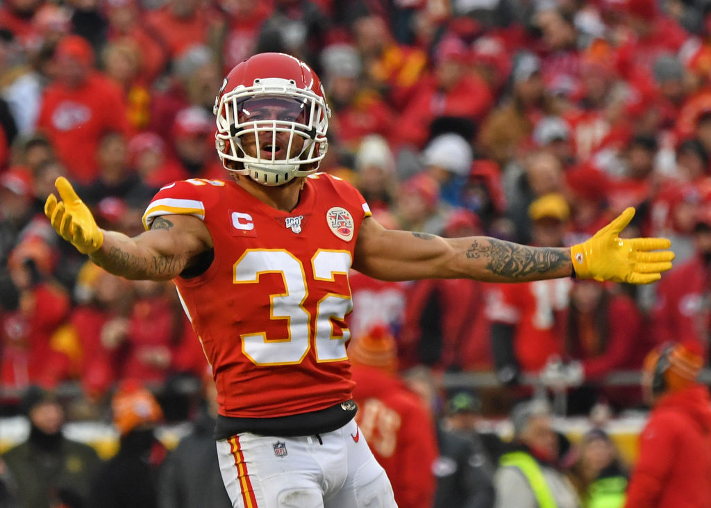 Tyrann Mathieu is trying to convince Chris Harris Jr. to join the Kansas City Chiefs in free agency.