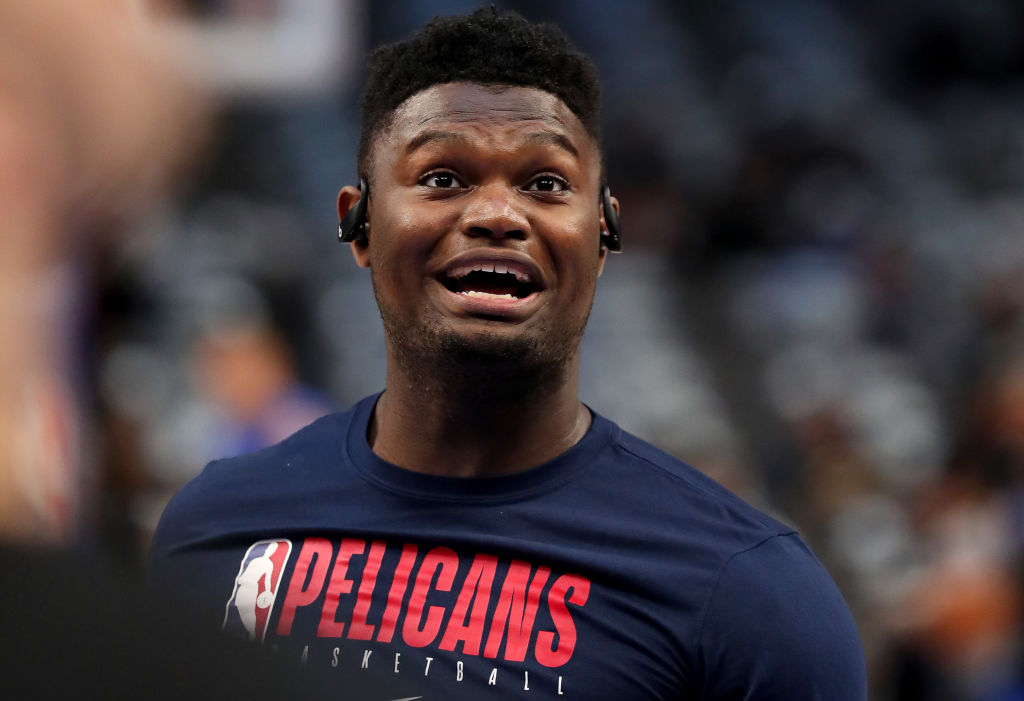 Zion Williamson of the New Orleans Pelicans warms up on the court