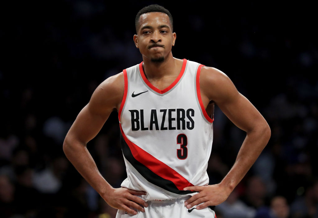 Portland Trail Blazers Guard CJ McCollum Stops Signing Autographs Due to the Coronavirus