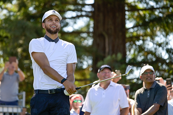 Stephen Curry golfing
