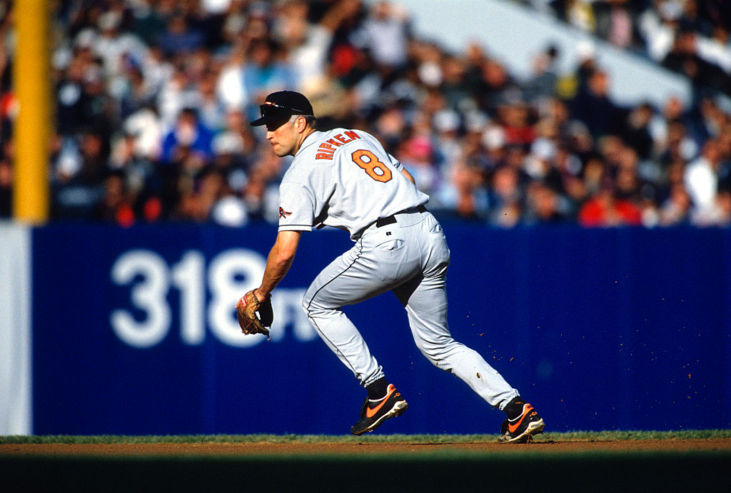 Cal Ripken Jr. appeared in more than 2000 consecutative Major League Baseball games.