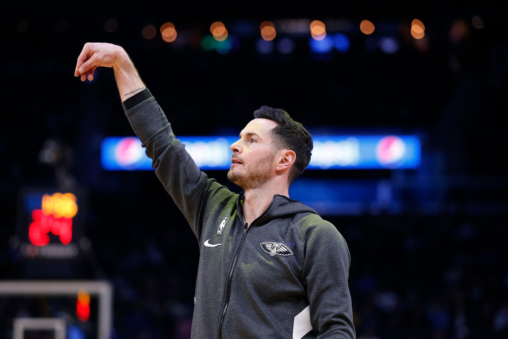 JJ Redick warming up before an NBA game