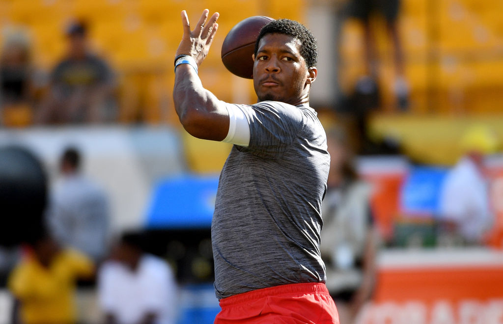 Jameis Winston of the Tampa Bay Buccaneers warms up in 2019