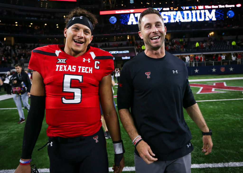 Kliff Kingsbury made Patrick Mahomes jealous when viewers got to see him conduct the NFL draft from his $4.45 million mansion.