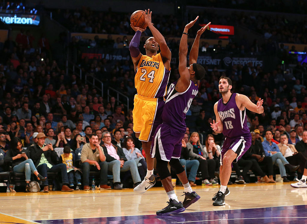 Kobe Bryant pulling up for a shot against the Sacramento Kings