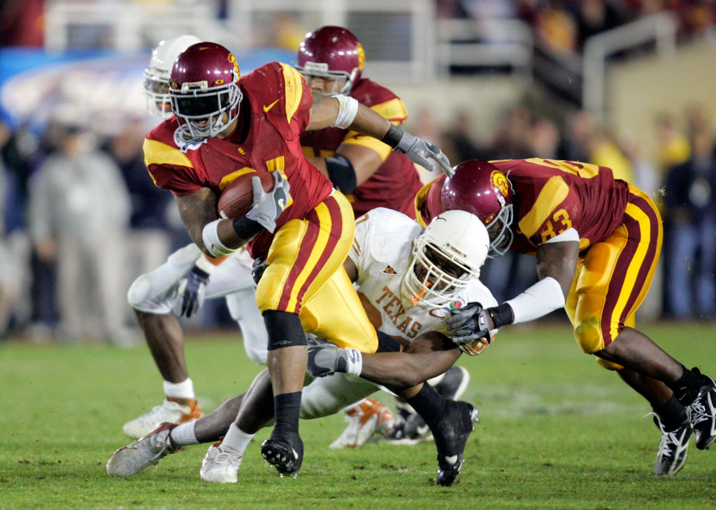 LenDale White dominated as a power running back at USC before getting drafted by the Tennessee Titans in the 2006 NFL draft.