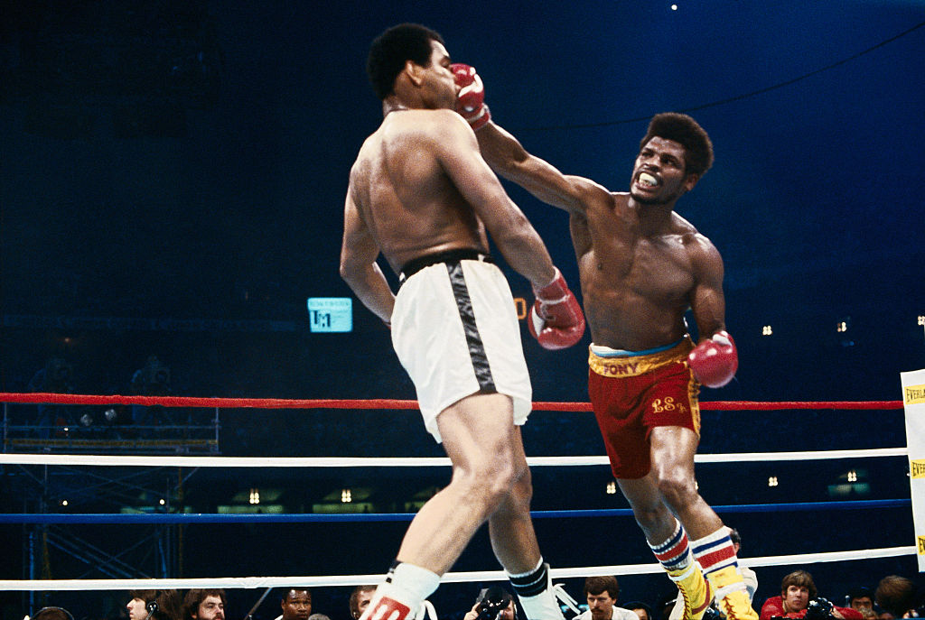 Leon Spinks and Muhammad Ali During Bout