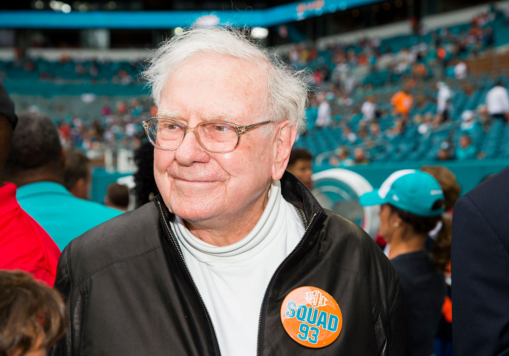 Ndamukong Suh's Unlikely Friendship With Warren Buffett Helped Set Him up for Retirement