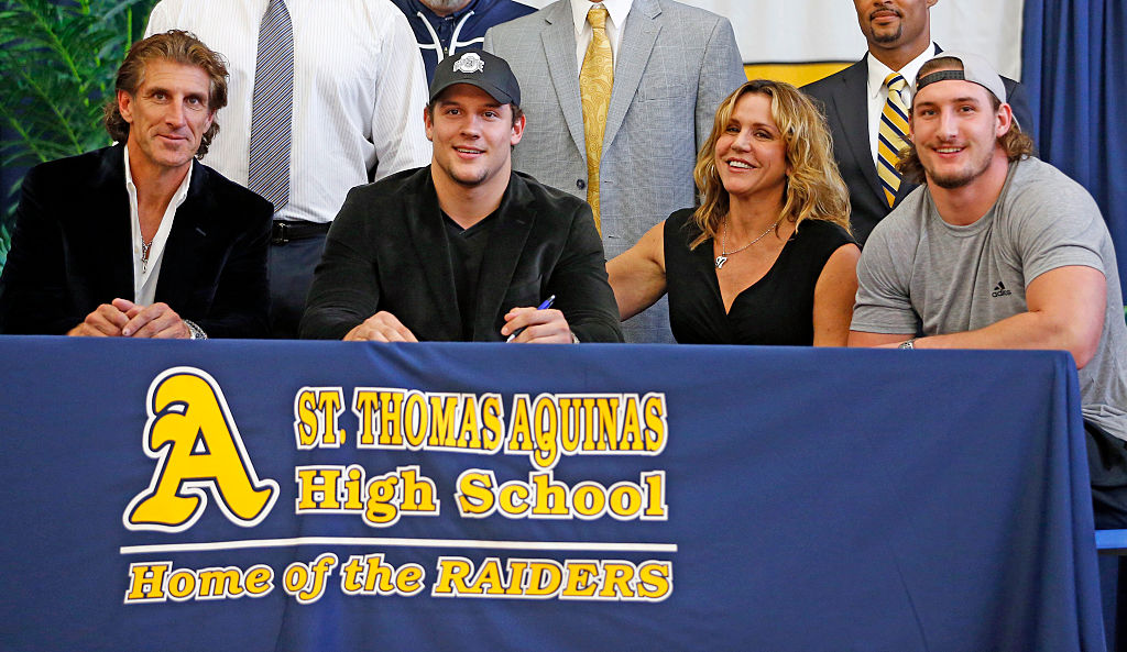 St. Thomas Aquinas' Nick Bosa commits to Ohio State with his father, mother, and brother in 2016