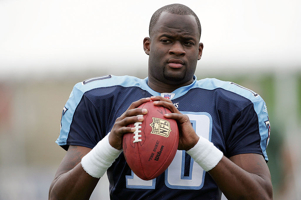 Vince Young practicing on the Titans
