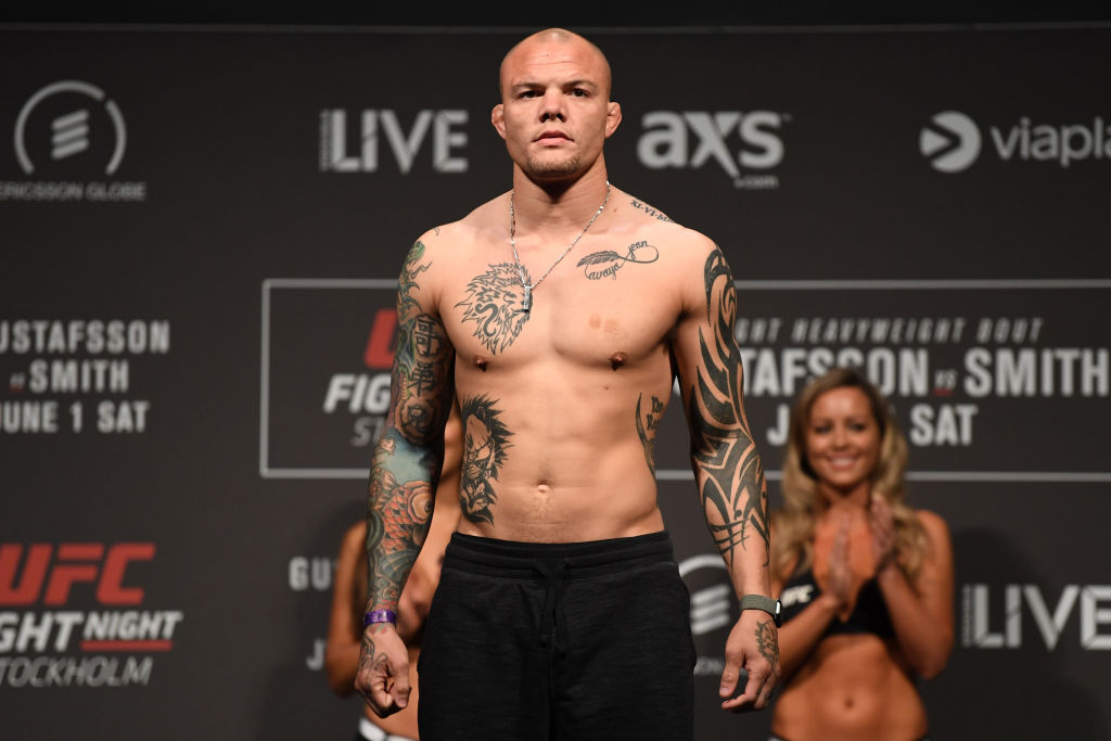 UFC Fighter Anthony Smith Faced Scariest Fight of His Life Last Month Against Home Intruder