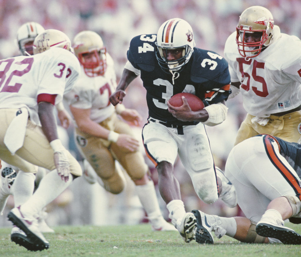 If Bo Jackson Was a Young Athlete Today, Football Wouldn't Be in His Plans