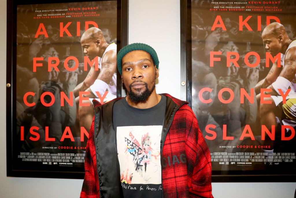 Kevin Durant attends a movie premiere in 2020