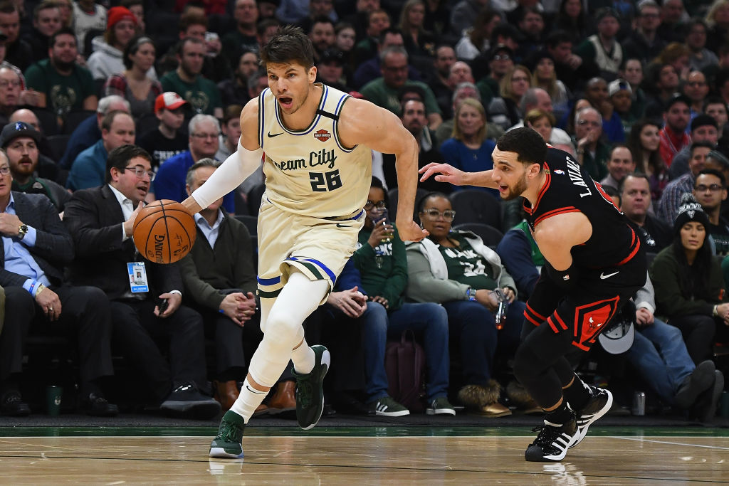 In 2003, the New Jersey Nets drafted Kyle Korver and traded him for $150,000.