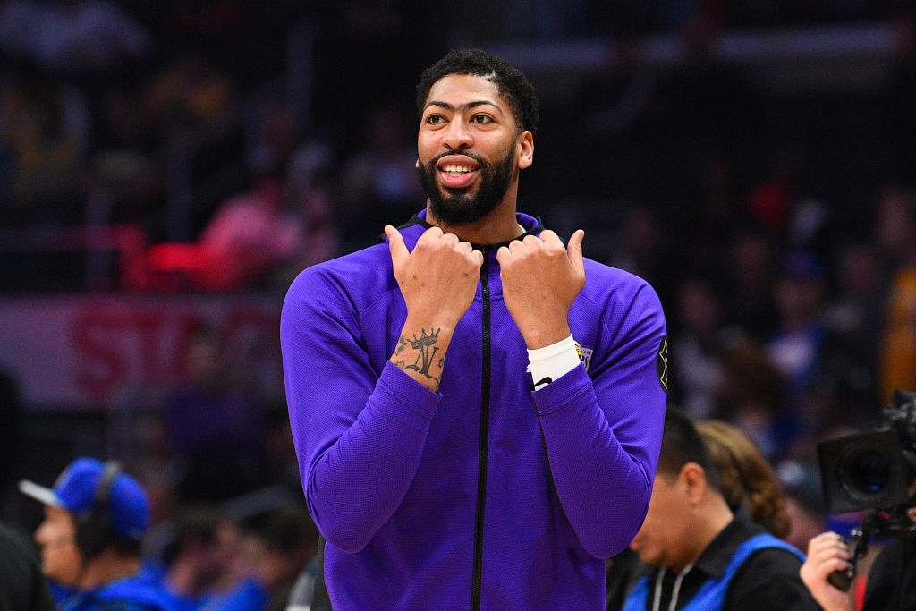 Los Angeles Lakers forward Anthony Davis looks on before an NBA game