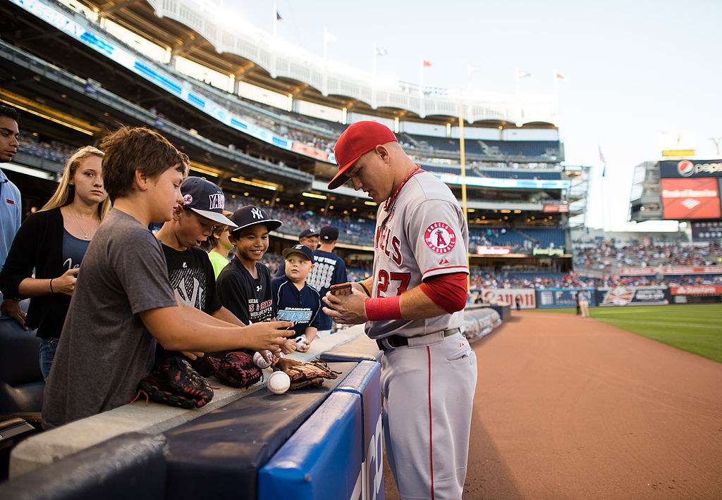 Mike Trout Signed a Stack of Baseball Cards 10 Years Ago and Transformed Modern Card Collecting