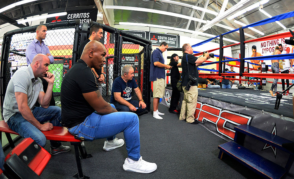 Mike Tyson can now say that Dana White is in his corner as he prepares for a comeback fight.