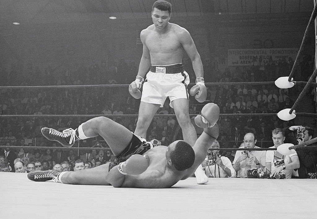 Muhammad Ali's 'Phantom Punch' Against Sonny Liston Still Confuses Everybody