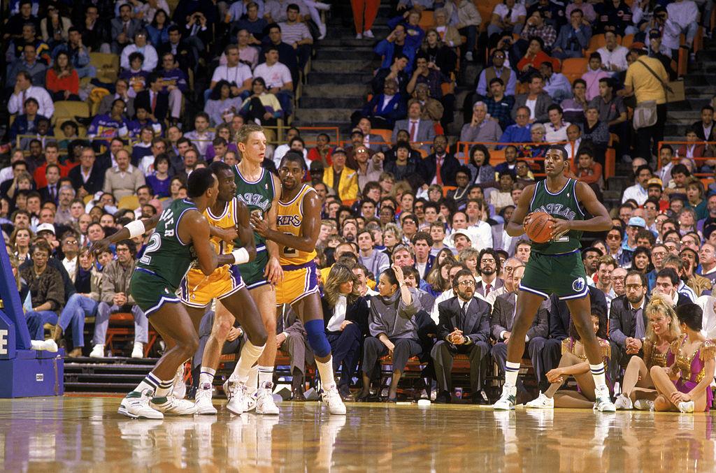 Roy Tarpley of the Dallas Mavericks looks to inbound the ball