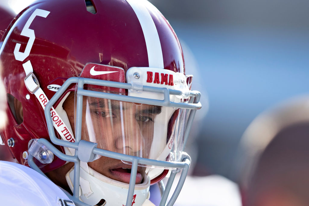 Alabama quarterback Taulia Tagovailoa entered the transfer portal. Tagovailoa should transfer to one of Florida's seven FBS teams.
