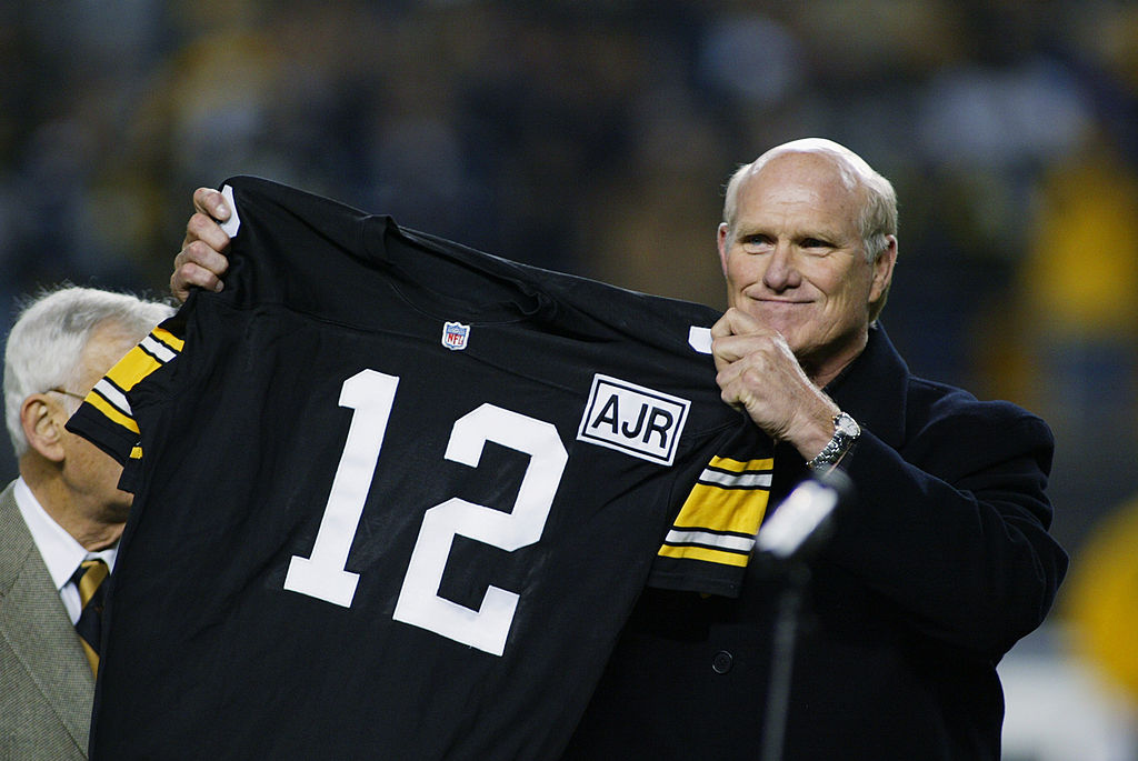 Terry Bradshaw at his retirement ceremony for the Steelers