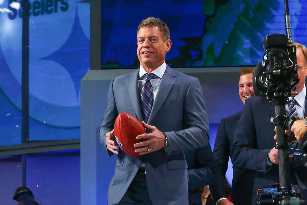 Hall of Famer Troy Aikman