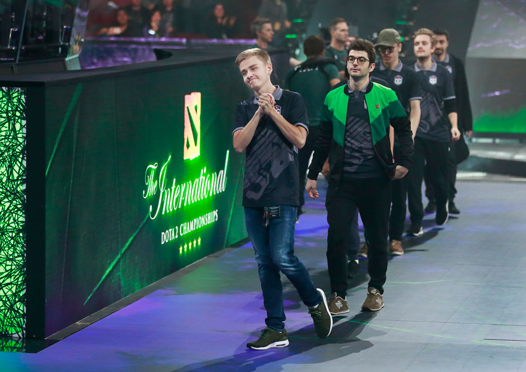 Johan Sundstein leads OG onto the stage before their final match
