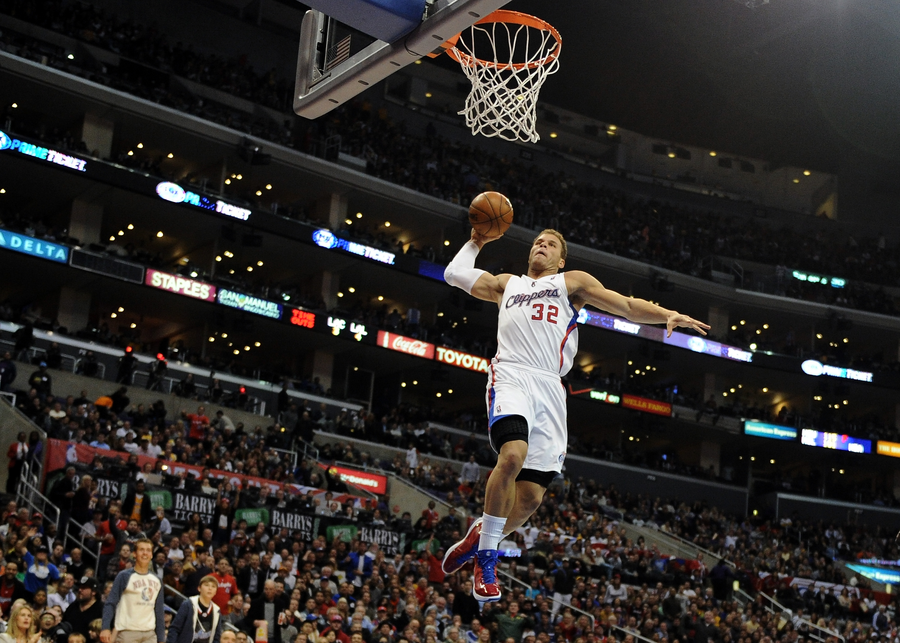 Blake Griffin has been known for his insane athleticism over the years. His talent has ultimately helped him rack up a massive net worth.
