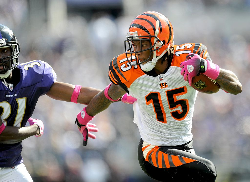 Former Cincinnati Bengals wide receiver Chris Henry showed a lot of potential in his career. However, Henry's career and life ended too soon.