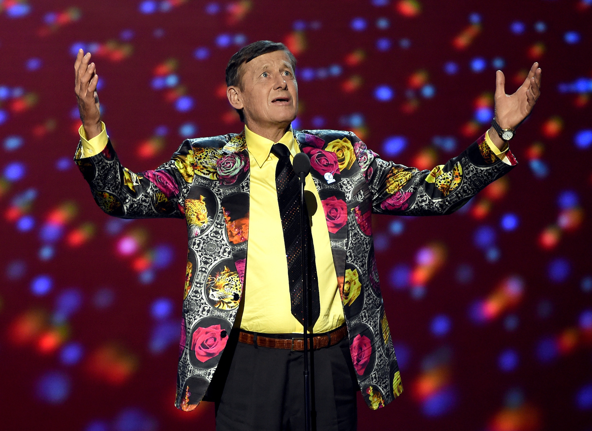 Craig Sager became a fixture of NBA broadcasts before his tragic death.